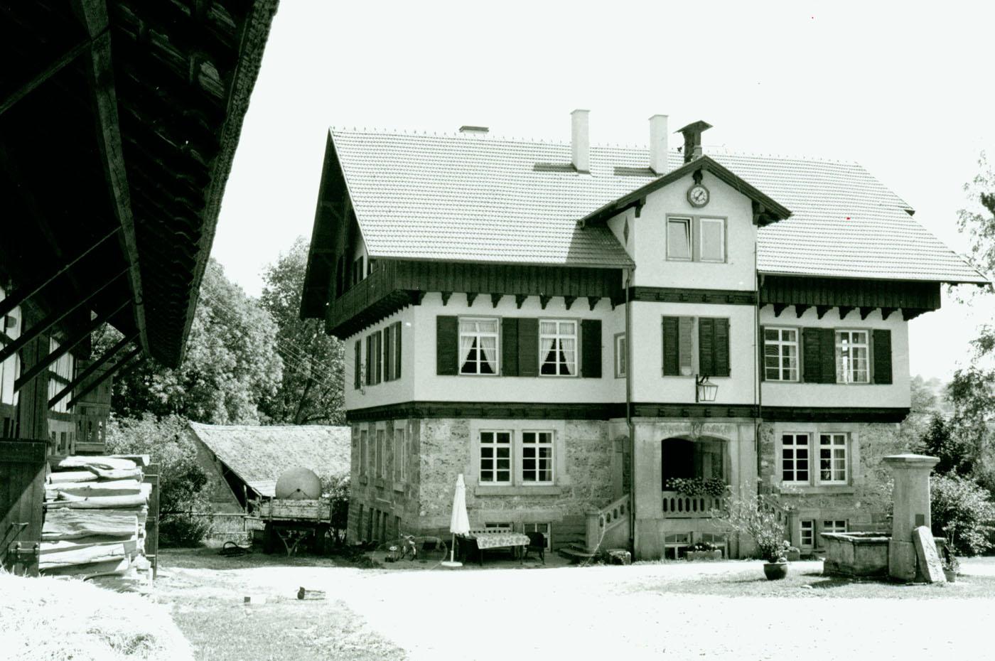 Kaum verändert: Das Gutshaus sieht auch heute aus wie vor hundert Jahren.